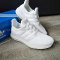 Giày Adidas Ultraboost Trắng Giá Rẻ