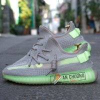 Giày Adidas Yeezy Boost 350 V2 Glow In The Dark Green
