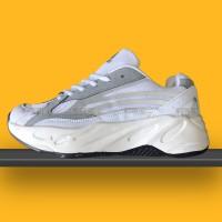 Giày Adidas Yeezy 700 V2 Static Giá Rẻ 03