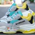 Giày Balenciaga Tripple S Vàng