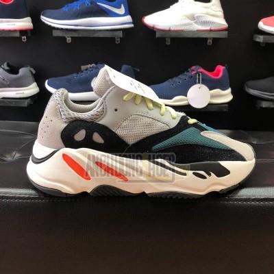 Giày Adidas YZ700