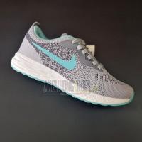 Giày Nike Zoom 06