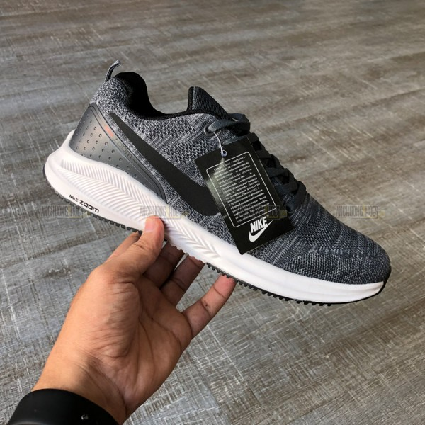 Giày Thể Thao Nike Zoom 01
