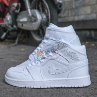 Giày Nike Jordan 1 High Triple White