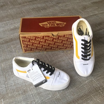 Giày Vans Old Skool Human White