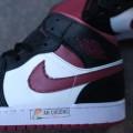 Giày Nike Jordan 1 Mid SE Black Dark Beetroot