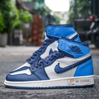 "Giày Nike Air Jordan 1 Retro High OG ""UNC"""