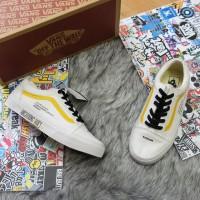 Giày Vans Old Skool Human White